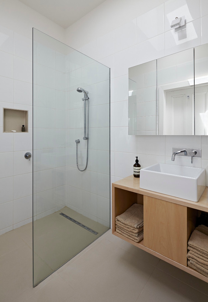Modern bathrooms in small spaces decor10 blog - Modern bathrooms for small spaces style ...