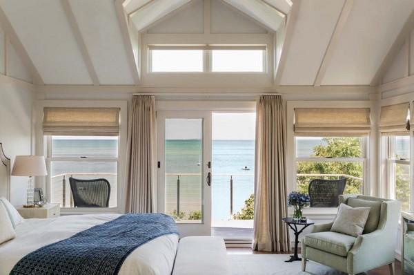10-bedroom-interior-design-with-ocean-sea-view-panoramic-windows-bed