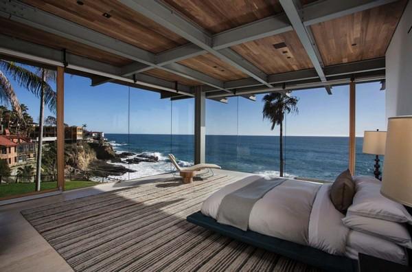 16-bedroom-interior-design-with-ocean-sea-view-panoramic-windows-bed
