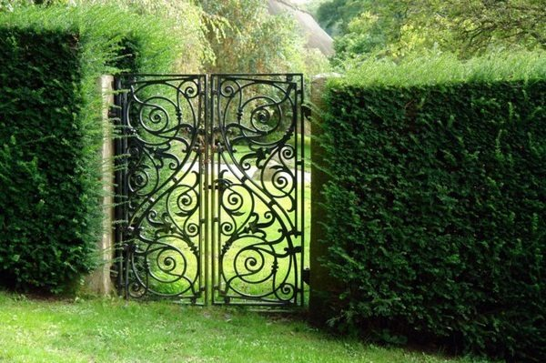 Beautiful Garden Door Embellished Exterior Decor10 Blog