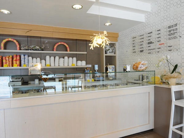 ice-cream-shop-21