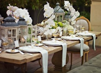 36 Great Ideas For Table Decorations With Tulips!