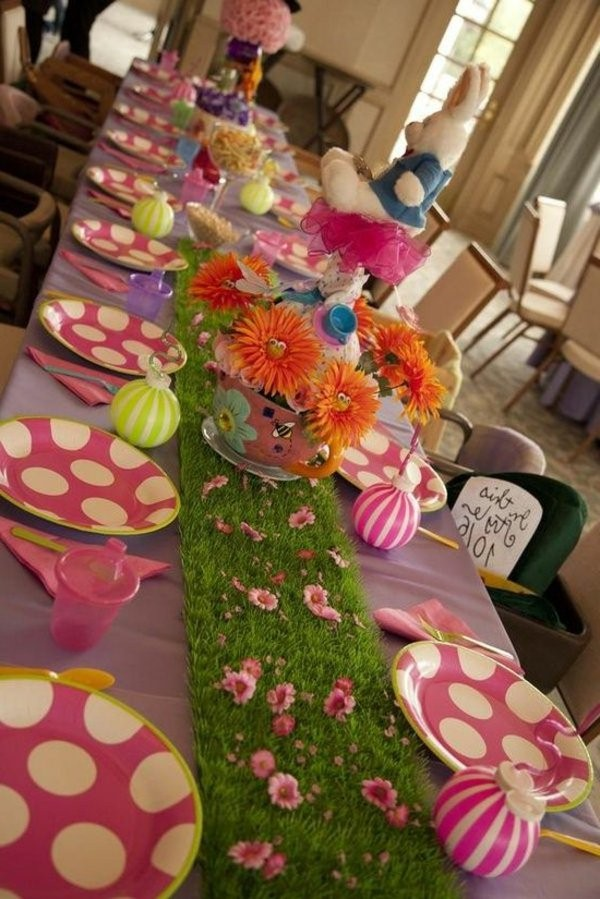 Wonderful table decorations for the children's birthday!