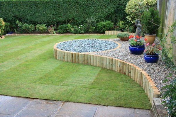 Delightful Palisade Wooden Garden Ideas Wooden Palisades Landscaping Ideas