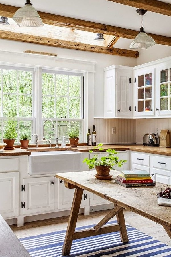 Villa Kitchen White Wood