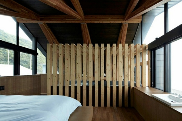 room dividers made of wood look great
