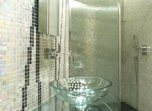 Make mosaic tiles green wall art ideas