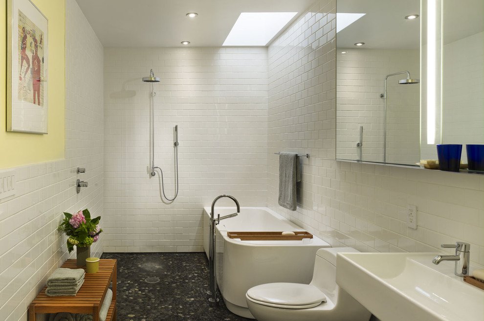 Modern bathrooms in small spaces decor10 blog for Modern bathroom design ideas small spaces