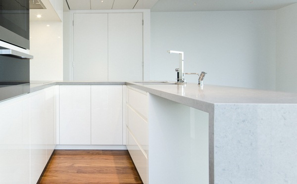 white granite kitchen worktop