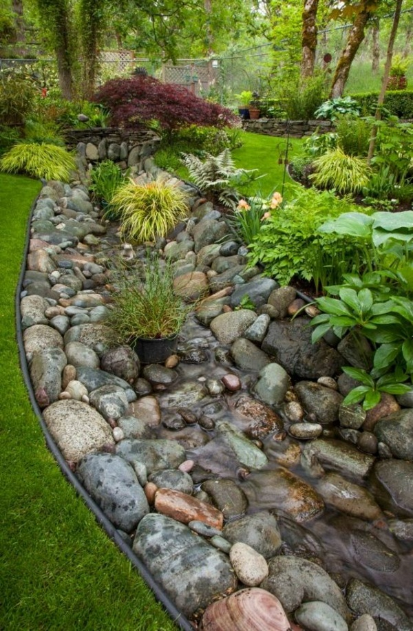 Garden ideas designed to create garden boulders