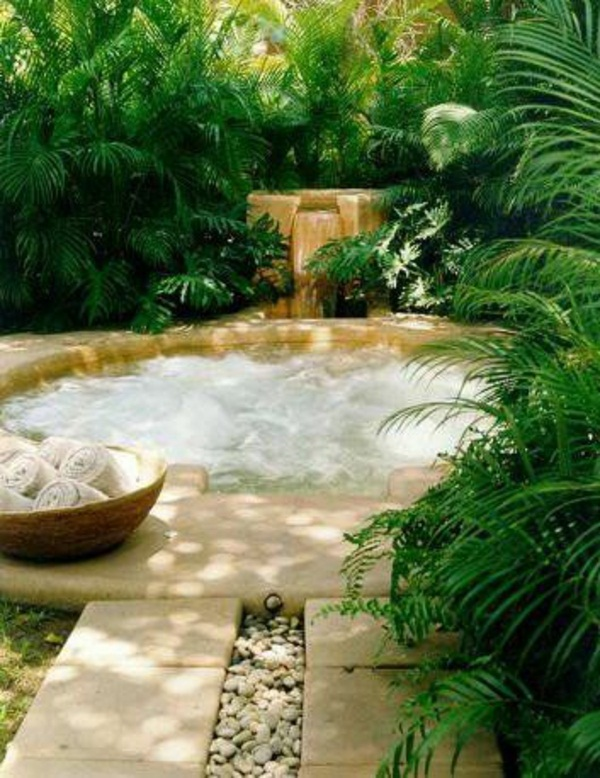 my beautiful garden jacuzzi round