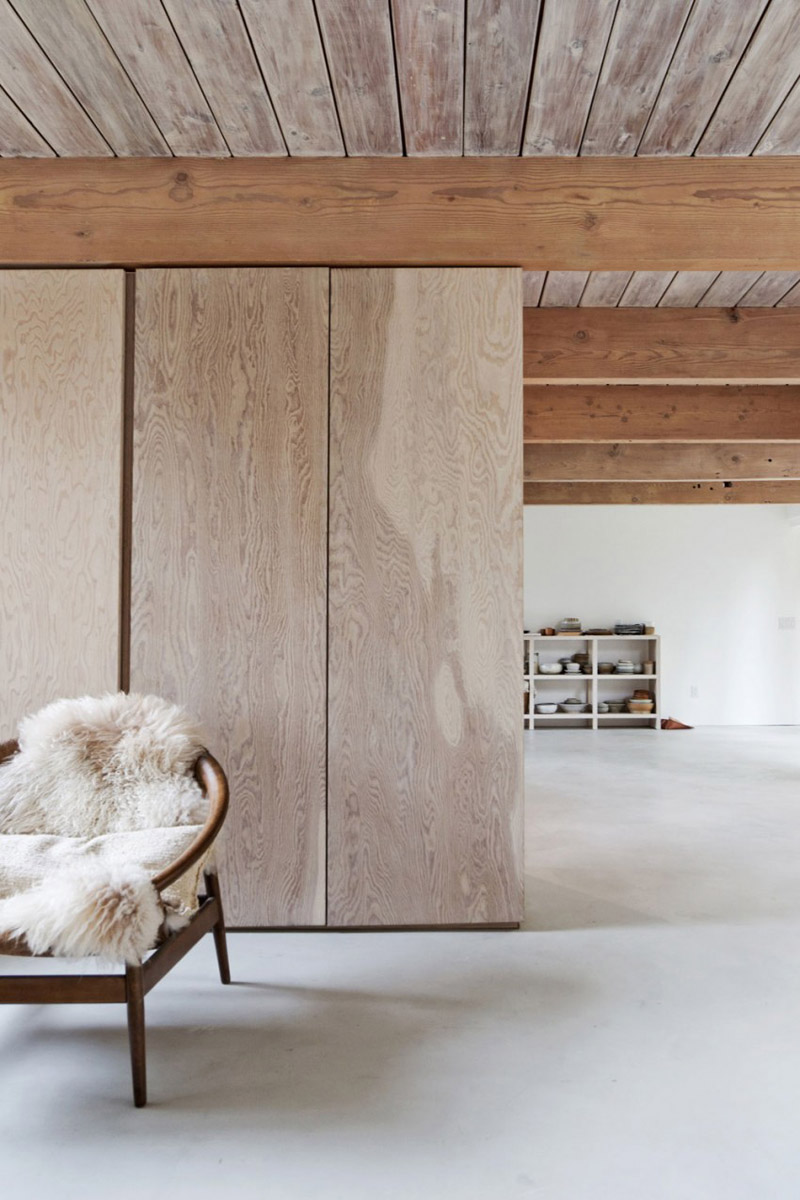 Rustic Home Interior Reflects Stability And Equilibrium DesignRulz.com