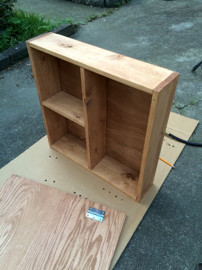 Space Saving DIY Outdoor Serving Station