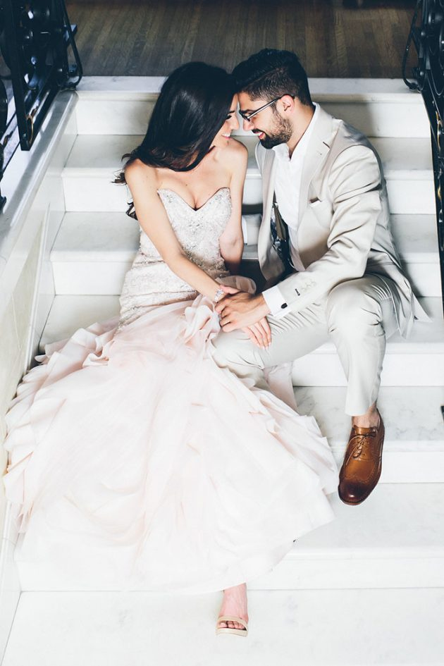 new-york-traditional-elegant-twist-floral-wedding-inspiration-blush-gown23