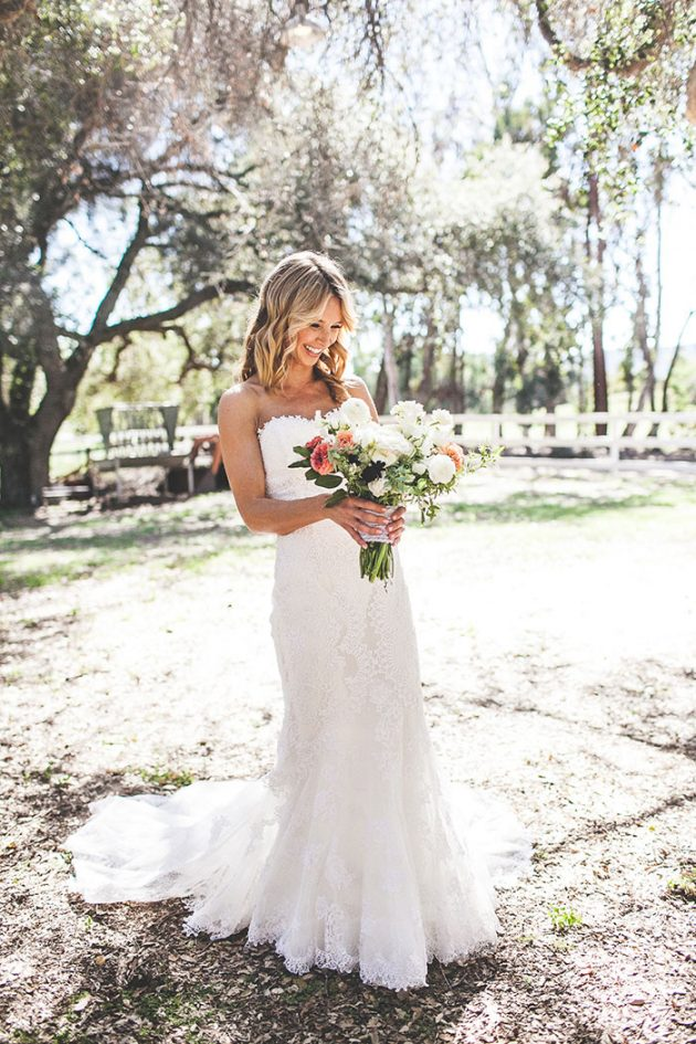 lazy-v-ranch-rustic-pastel-wedding-inspiration14