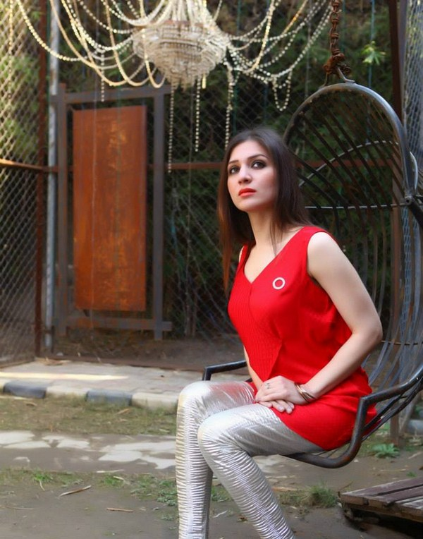 Latest-Valentine- day-Collection-for-Girls-2015-10