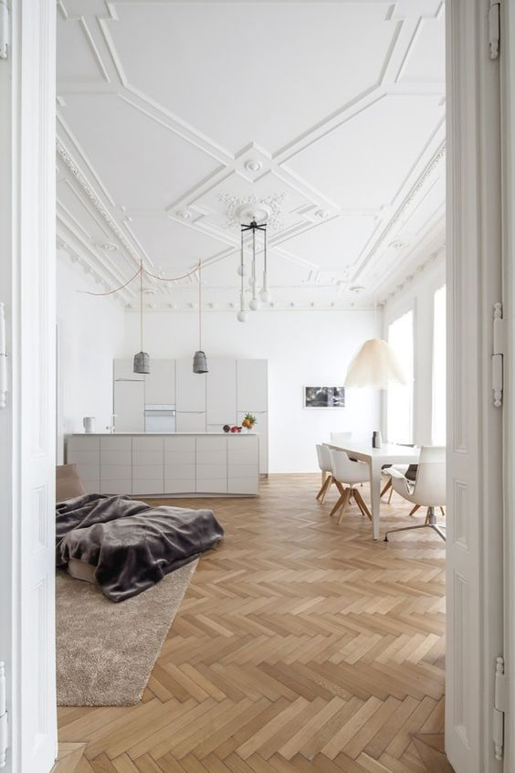 geometic ceiling molding