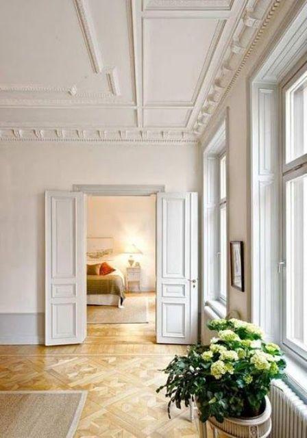 architectural vintage ceiling molding