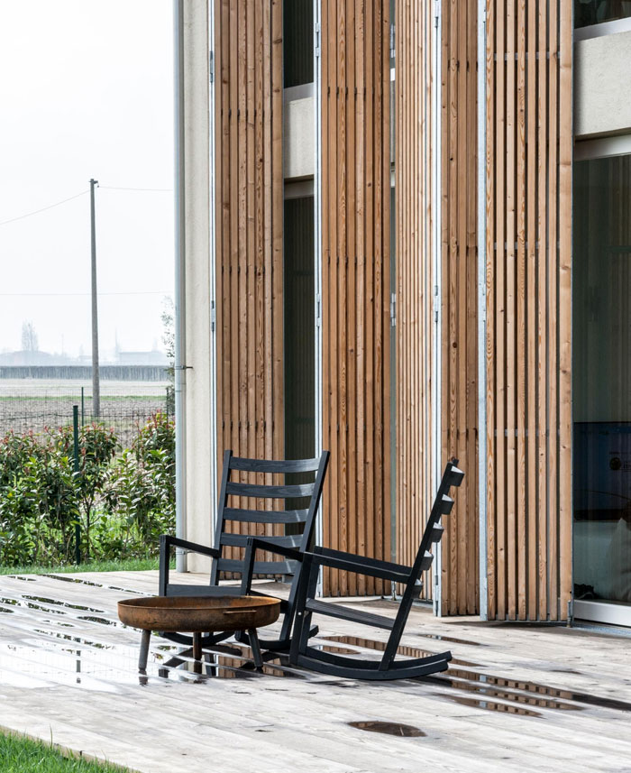 renewed-barn-house-italy-13