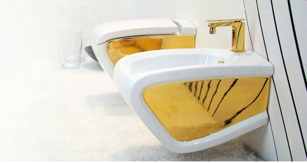 Golden toilet bidet Italian design