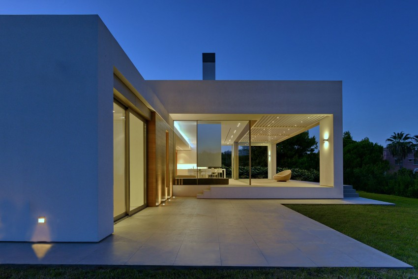 House in Zakynthos by Katerina Valsamaki Architects (15)