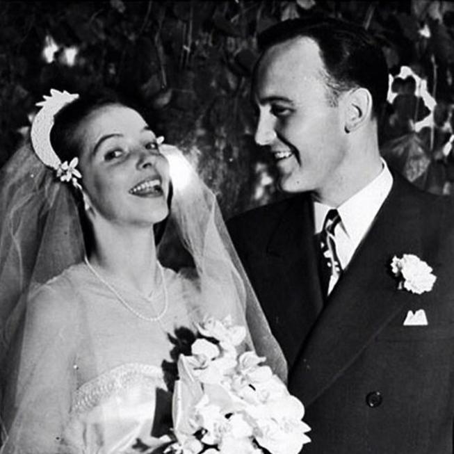 Vintage-Bride-1940s-Wedding