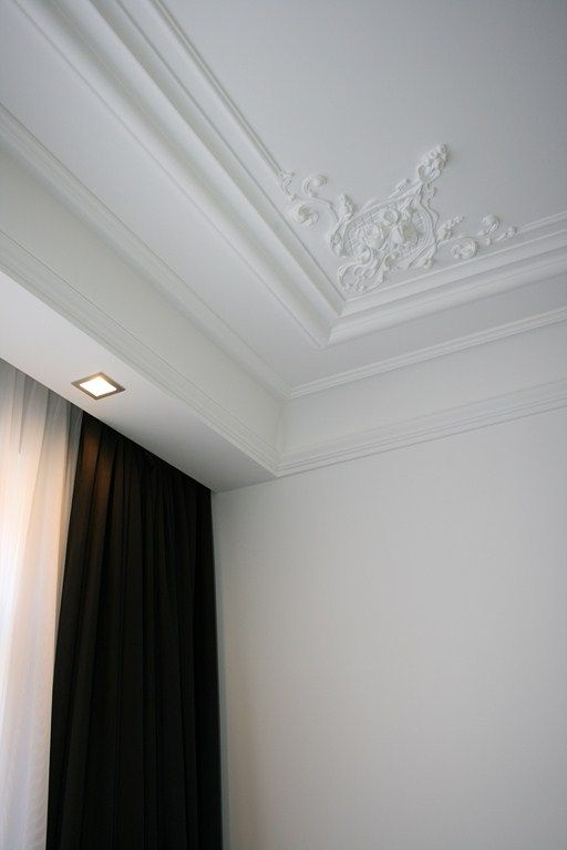 decorative corner molding