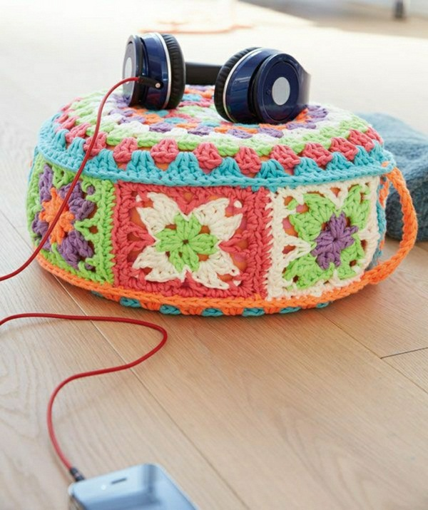 knitted Yoga cushion headphones
