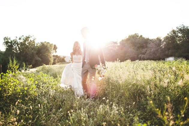 lazy-v-ranch-rustic-pastel-wedding-inspiration65