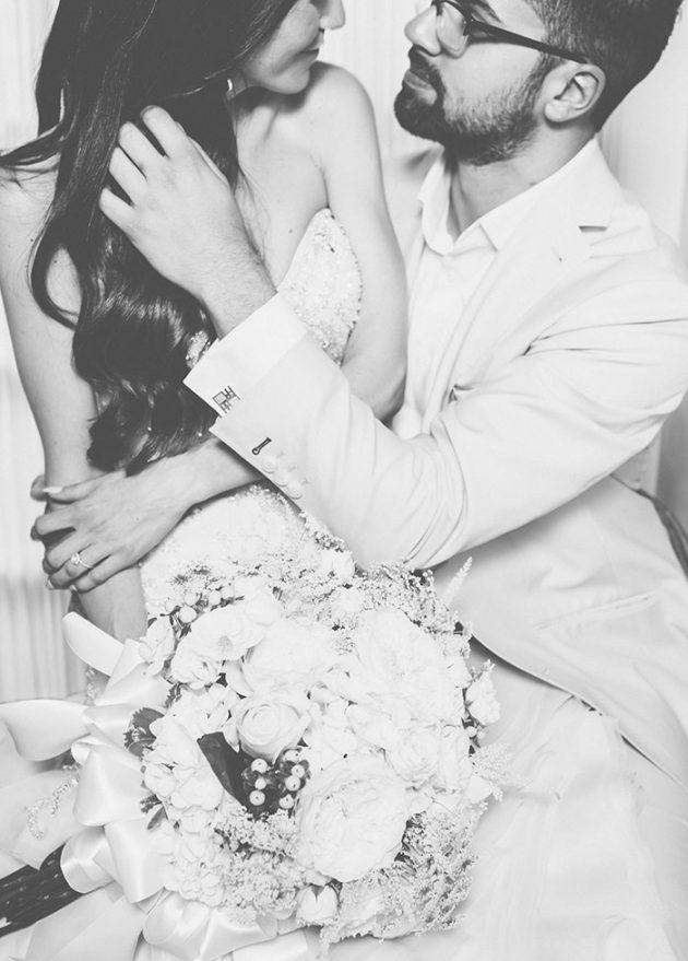 new-york-traditional-elegant-twist-floral-wedding-inspiration-blush-gown20