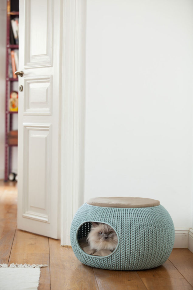 Cozy Designer Pet Home from the Knit collection by Curver - Image credit Daniel Lailah