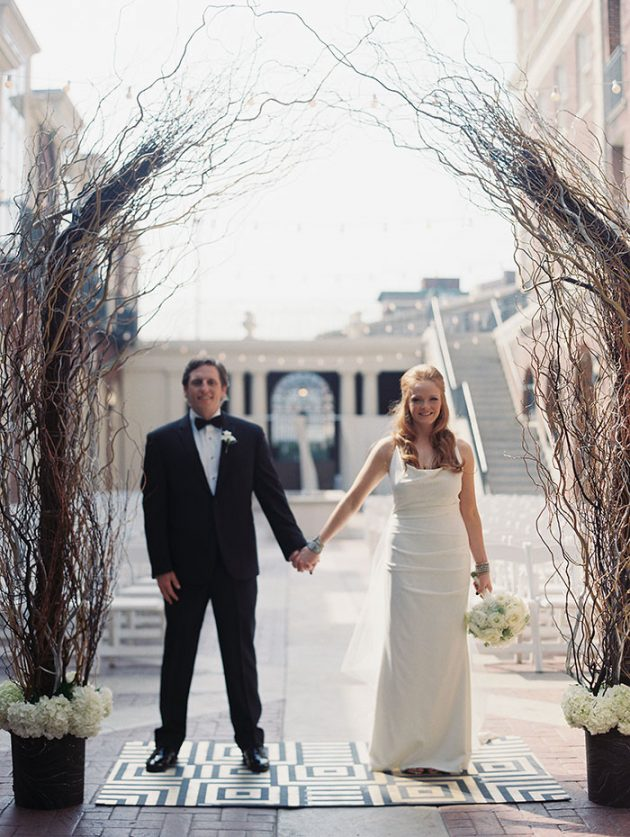 magnolia-hotel-modern-kelly-wearstler-inspired-wedding-inspiration02