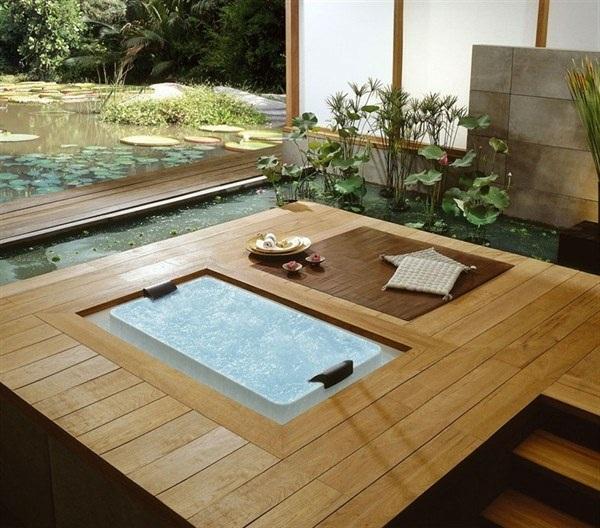 Feng Shui bathroom whirlpool plant bamboo