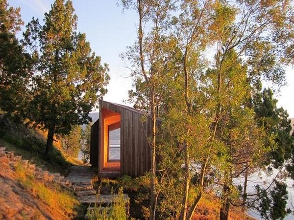 beautiful natural surroundings wood sauna design
