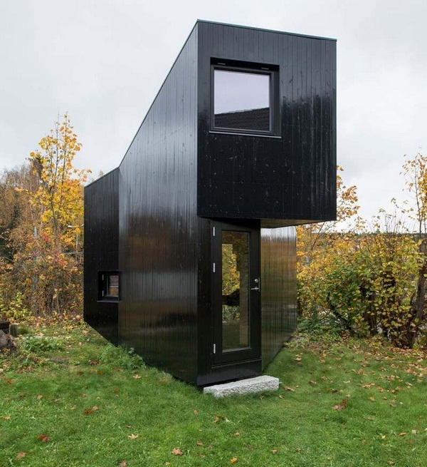 panoramic windows work rooms of asymmetrically house modern architecture cabin backyard