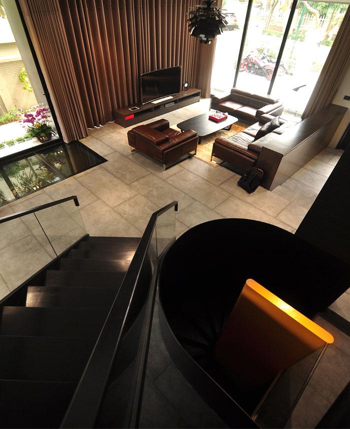 t-house-located-hanoi-18