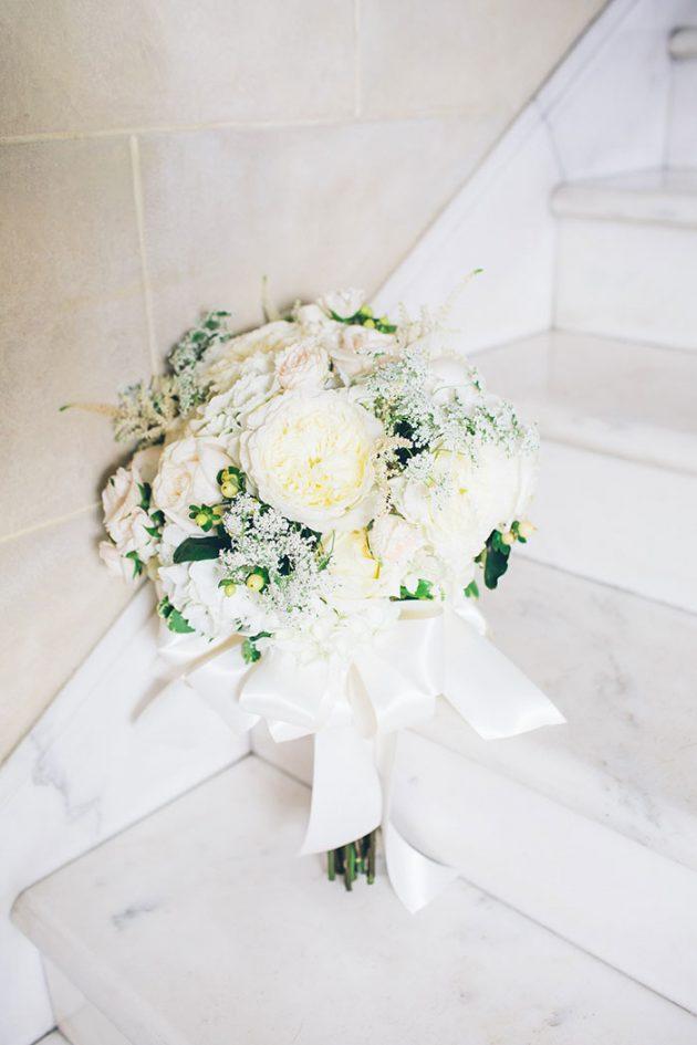 new-york-traditional-elegant-twist-floral-wedding-inspiration-blush-gown04