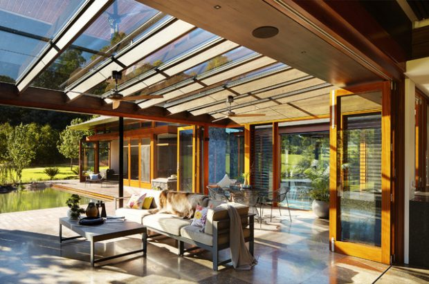 21 Beautiful Indoor Outdoor Living Spaces Decor10 Blog