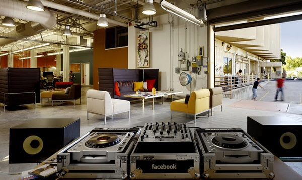 facebook office dexter ave