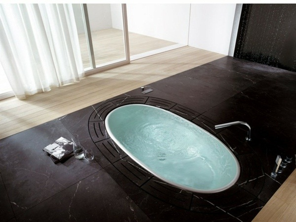 modern fitted bath with Teuco design