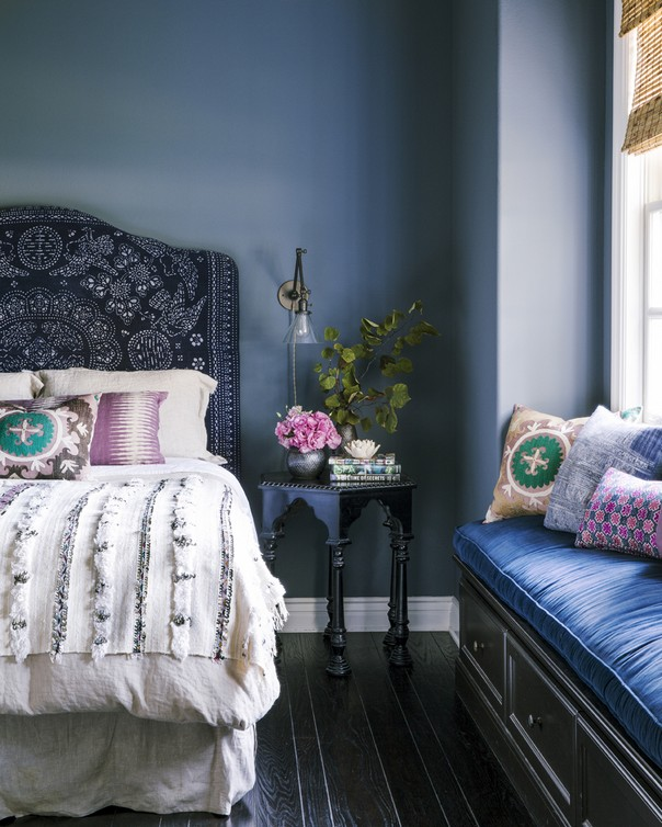 Trendy Color Schemes for Master Bedroom Color Schemes for Master Bedroom Trendy Color Schemes for Master Bedroom Room Decor Ideas Trendy Color Schemes for Master Bedroom Color Palette Luxury Bedroom Navy Blue 2