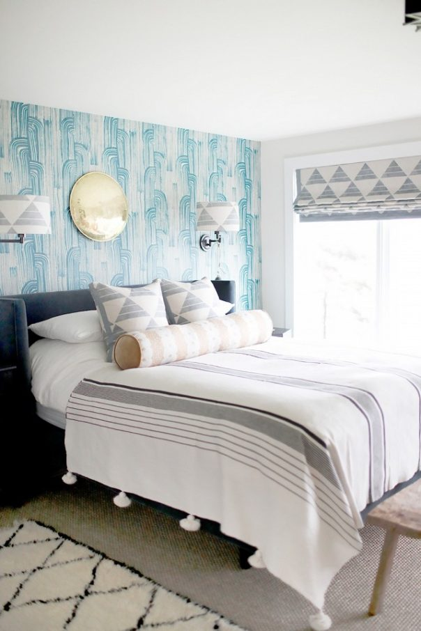 Beautiful bedrooms by kelly wearstler to copy this summer for Beautiful bedroom pics