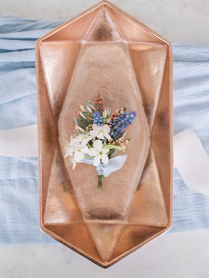 serenity-quartz-pantone-copper-marble-wedding-inspiration21
