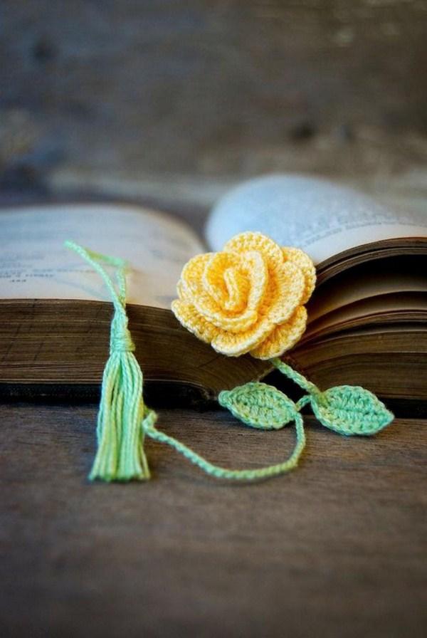 bookmarks crochet pink flower