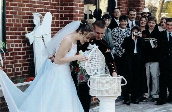 look white wedding pigeons in the basket