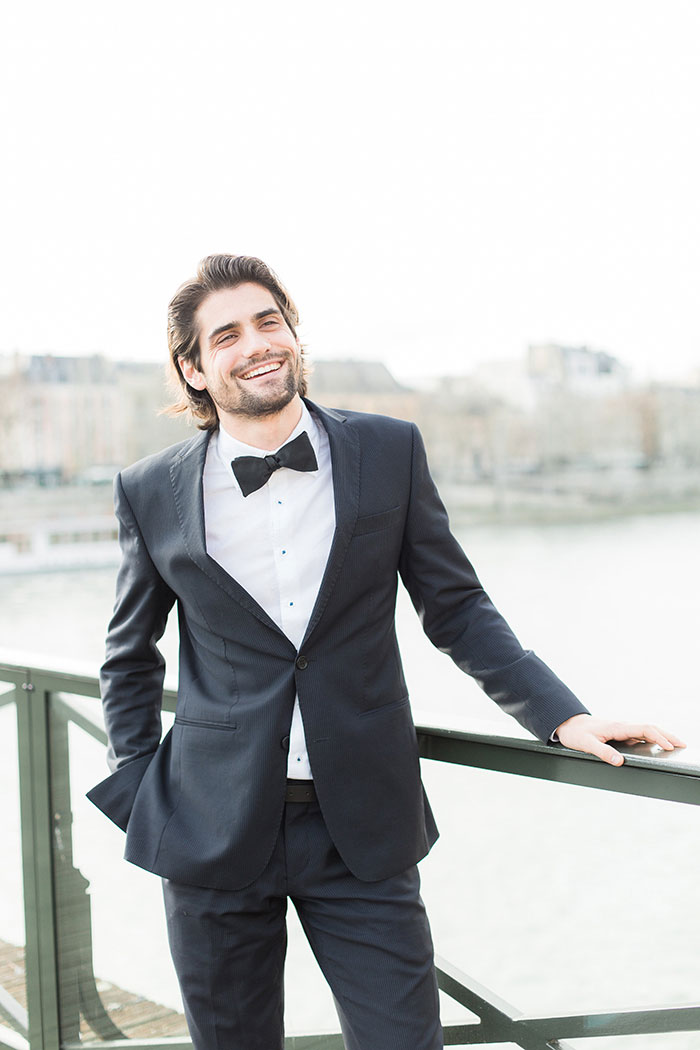 paris-elopement-pink-floral-wedding-inspiration02