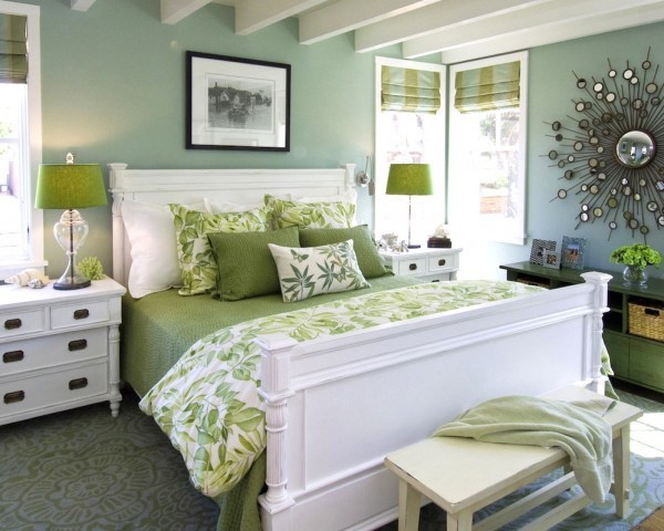 Bedroom mint and apple