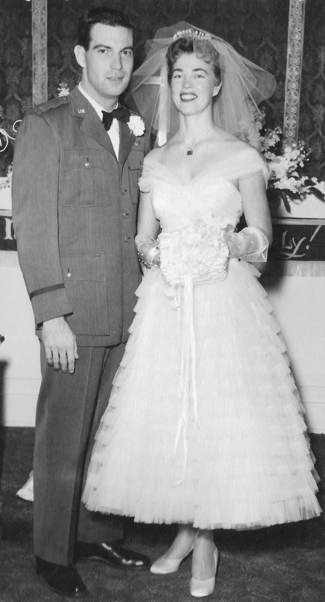 vintage-bride-blusher-veil-tulle-gown