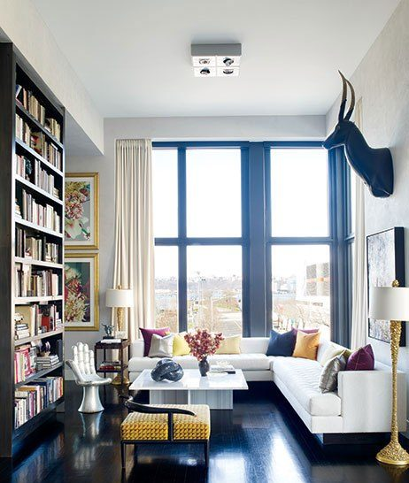 Get Into the Living Rooms of Top Interior Designers Living Rooms of Top Interior Designers Get Into the Living Rooms of Top Interior Designers Room Decor Ideas Get Into the Living Rooms of Top Interior Designers Luxury Interior Design Beautiful Living Rooms Jamie Drake e1464881897858