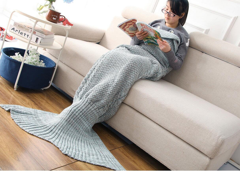 Blue Mermaid Tail Blanket designrulz (6)